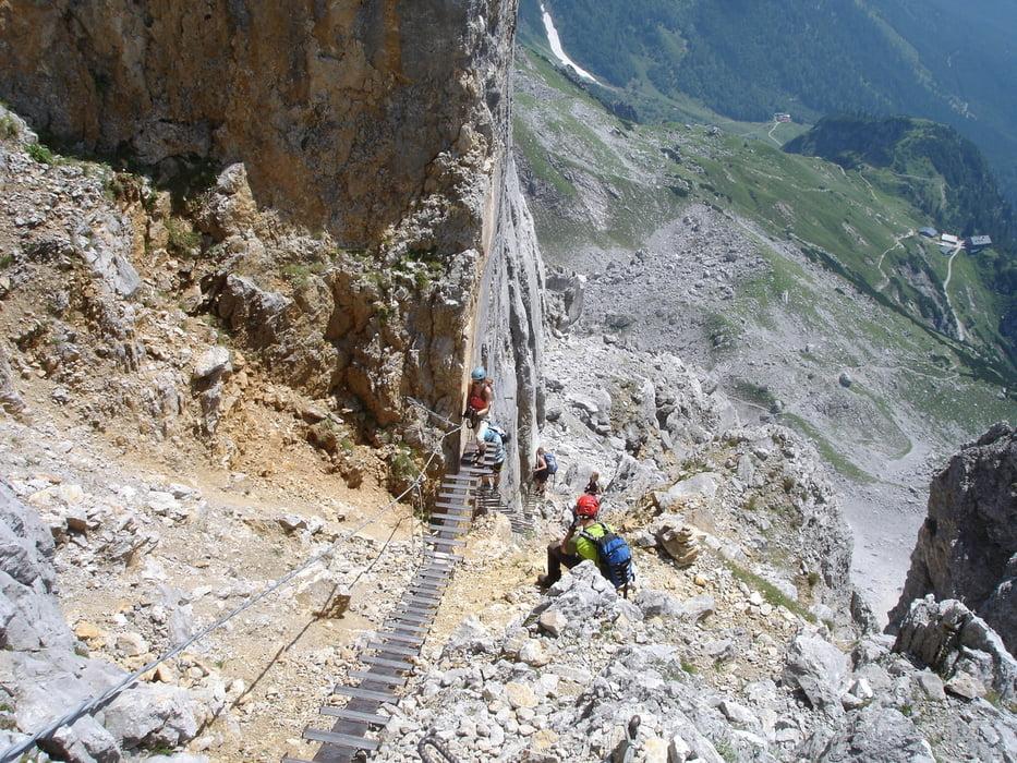 Klettersteig Wilder Kaiser Ellmauer Halt : Wandern ellmauer tor km bergwelten