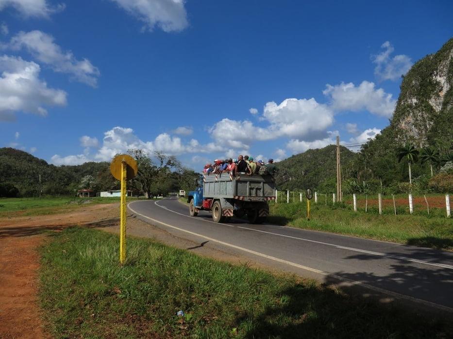trekkingbike cubacycling10 san diego vinales tour 129330. Black Bedroom Furniture Sets. Home Design Ideas