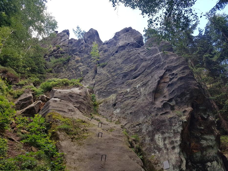 Klettersteig Zittauer Gebirge : Klettersteig alpiner grat bei oybin tour
