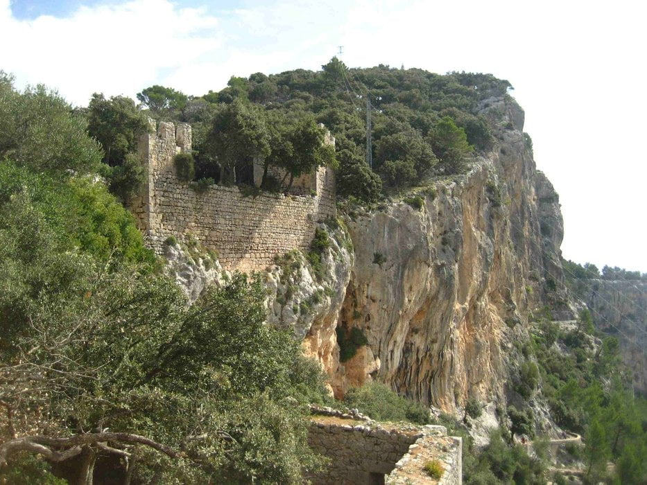 Wandelen: Von Orient zum Castell dAlaro (Tour 70715)
