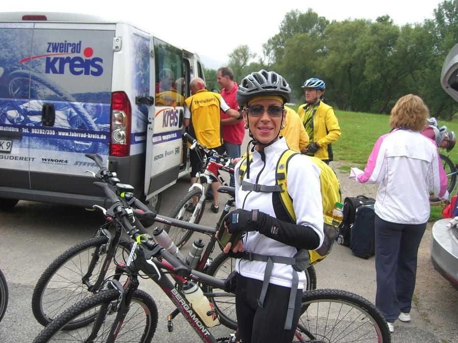 Fahrrad Touring: 3 Länder Radevent 2011 Tag 2 (Tour 86233)
