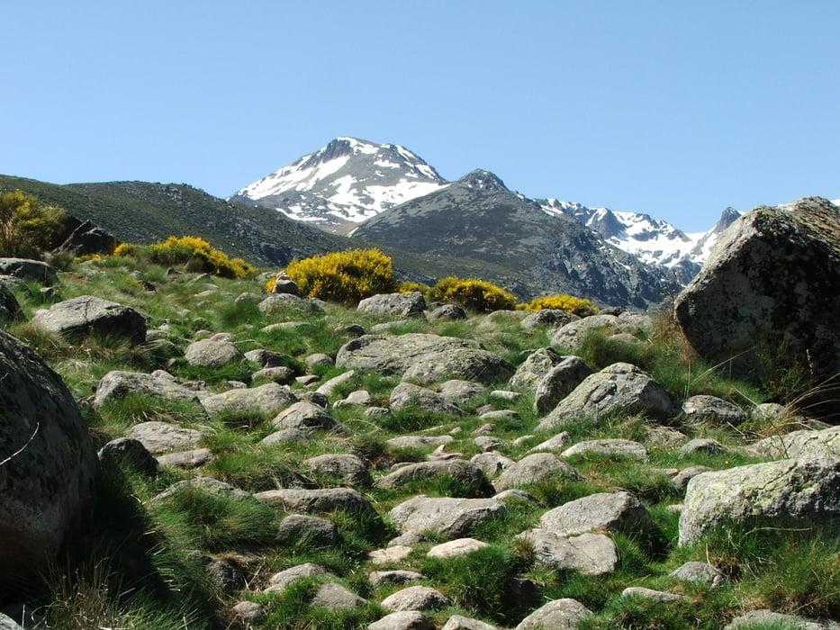 Bergtour sierra de gredos cinco lagunas tour 58189 for Navalperal de tormes