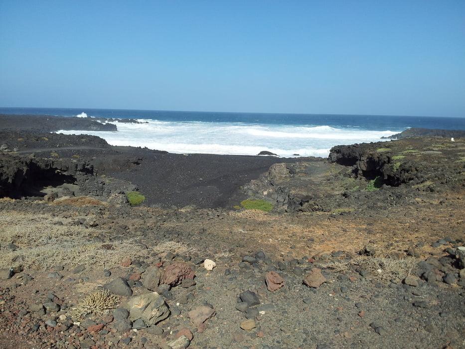 mountainbike 25km lava field tour in timanfaya roundtrip tour 128357. Black Bedroom Furniture Sets. Home Design Ideas