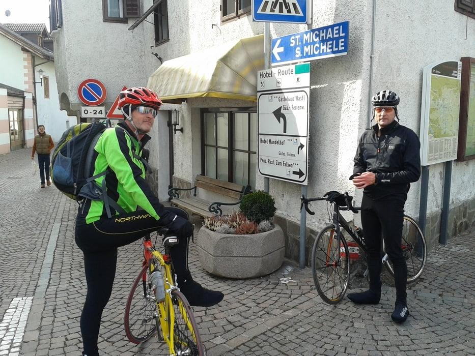 Rennrad: Meran Girlan St.Pauls Meran(Weinstrasse, Obstwiesen