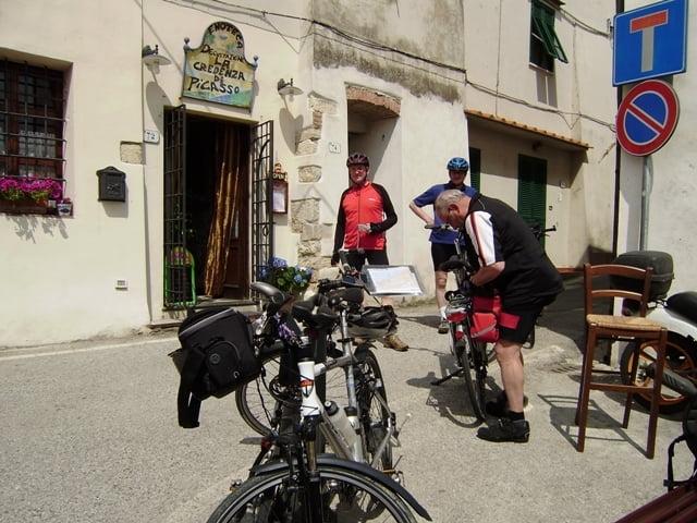 La Credenza Di Picasso Livorno : Fahrrad touring  f bibbona livorno tvd radtreff