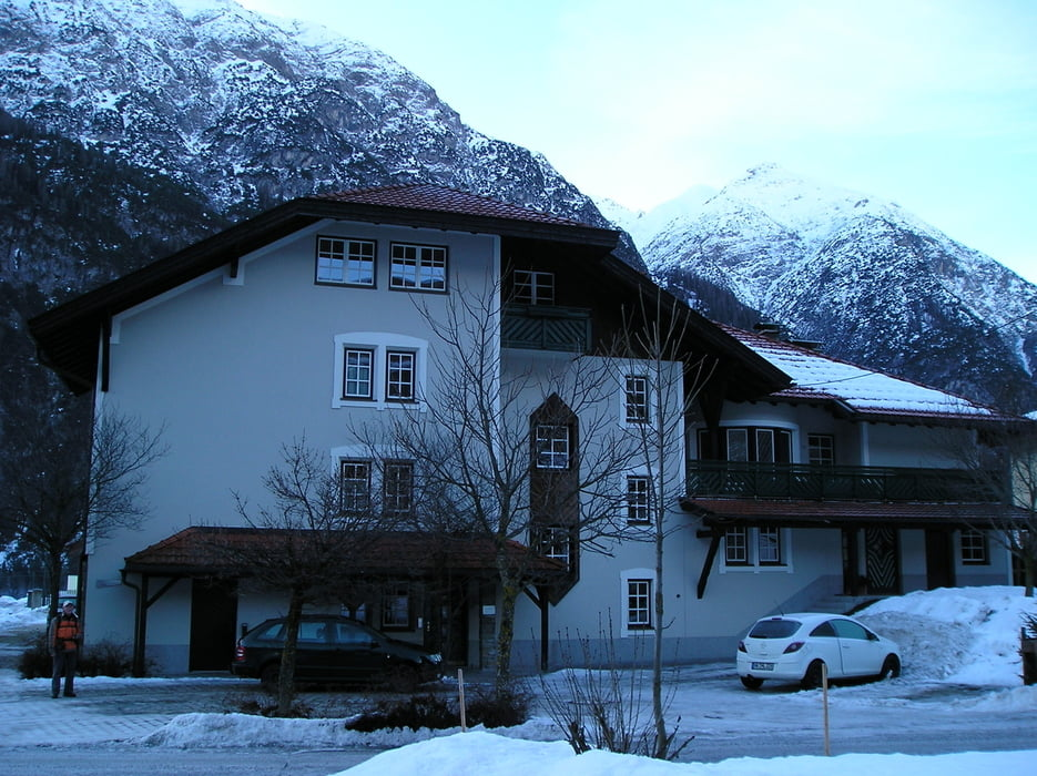 wandern winterrundwanderung holzgau steeg tour 72504. Black Bedroom Furniture Sets. Home Design Ideas