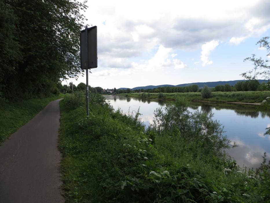 fahrrad touring weserrunde 4 von bad oeynhausen nach hameln tour 132445. Black Bedroom Furniture Sets. Home Design Ideas