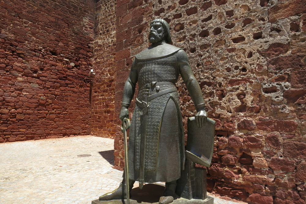 silves single guys After his one-man charge on an enemy stronghold resulted in the single-handed capture of silvestre s herrera rank and men with families were no longer.